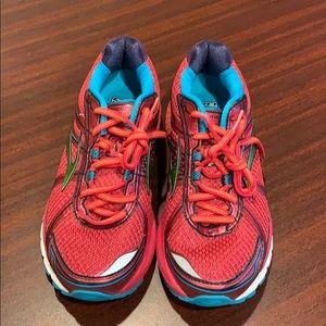 Brooks Adrenaline GTS 15 Women's Running/Trainer